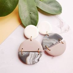 Marble earrings Half circle dangle earrings Earth tone jewellery Casual earrings modern contemporary drops Gift for woman girl friend - DIY earrings - - Diy Clay Earrings, Prom Earrings, Dangle Earrings, Ceramic Jewelry, Polymer Clay Jewelry, Handmade Polymer Clay, Diy Jewelry, Jewelry Design, Hippie Jewelry