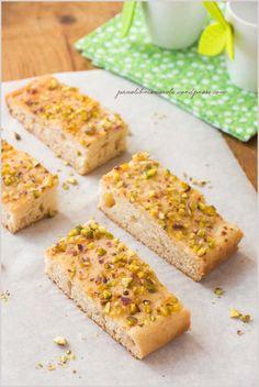 Torta miele limone e pistacchi-Honey, lemon and pistacchio cake