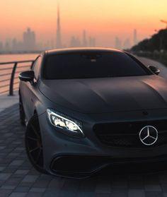 best luxury cars for women – Luxury Sports Cars Luxury Sports Cars, Top Luxury Cars, Sport Cars, Carros Mercedes Benz, Mercedes Benz Autos, Mercedes Benz Cars, Mercedes Black, Audi Black, Porsche Cars