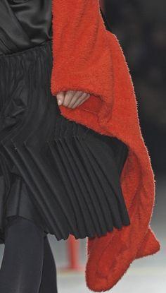THIS red 2 black. Yohji Yamamoto