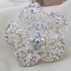 New Fashion Female Silver Flower Exquisite Alloy And Rhinestone Brooch