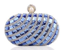 2017 women diamonds luxurious top evening bags clutch messenger shoulder chain handbags with acrylic purse Clutch Mini, Clutch Purse, Purse Wallet, Gold Clutch, Bridal Handbags, Ladies Handbags, Blue Handbags, Luxury Handbags, Bridal Clutch