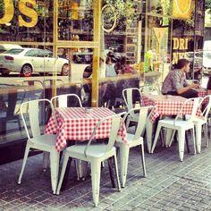 Es Tendencia: El Vintage sale a la calle en Barcelona