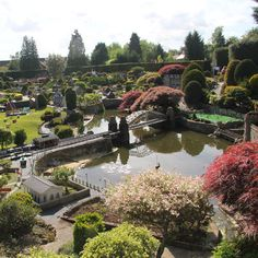 Miniature village in Beconscot, England. Animated, 1-1/2 acre layout - amazing detail.