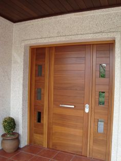 Front Door Paint Colors - Want a quick makeover? Paint your front door a different color. Here a pretty front door color ideas to improve your home's curb appeal and add more style! Wooden Front Door Design, Wood Front Doors, Painted Front Doors, Modern Entrance Door, Modern Front Door, Entrance Doors, Front Door Paint Colors, Villa, Exterior Doors