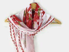Turkish Oya scarf  White  Floral  Crochet Flower Edges by Nakkashe