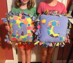 Fringed fleece pillows. Gonna make these to match the blankets I\u0027m gonna make · No Sew ... & Director Jewels: Kid Craft: DIY No-Sew Fleece Tie Doll Pillow ... pillowsntoast.com