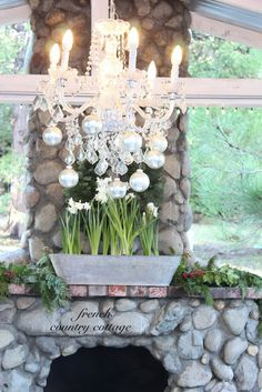 FRENCH COUNTRY COTTAGE: New Years Eve Sparkle & ornaments with pretty Paperwhites  #lowescreator