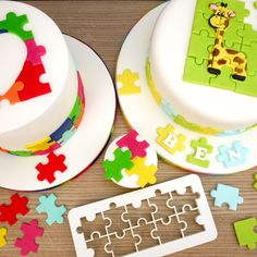 This great jigsaw puzzle cutter set consists of 3 different food grade sized cutters, allowing great versatility within ideas and designs. Bolo Fondant, Fondant Cakes, Cake Supplies, Cake Decorating Supplies, Cake Craft Shop, Puzzle Party, Birthday Party Design, Fondant Stamping, Snowman Cake