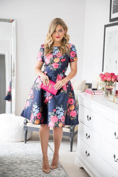 Adorable And Elegant Fashion For Fall With Flower Dress Style 15 Floral Fashion, Modest Fashion, Fashion Dresses, High Fashion, Fashion Fashion, Flower Dresses, Pretty Dresses, Beautiful Dresses, Dress Skirt