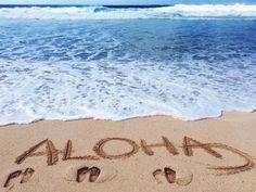Aloha-Beach-Feet-Sand-Wave-Sea-Rozaap
