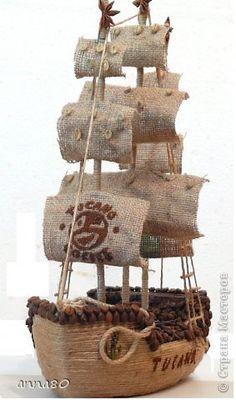 Поделка изделие Моделирование конструирование Кофейный корабль очередной Мешковина Пенопласт Шпагат фото 1