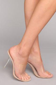 Women High Heels Gold Court Shoes Pretty Closed Toe Sandals Flat Sandals For Women Women High Heels High Heels For Kids, Hot High Heels, Womens High Heels, Gold Court Shoes, Court Heels, Sexy Legs And Heels, Dress And Heels, White Heels, Sexy Feet