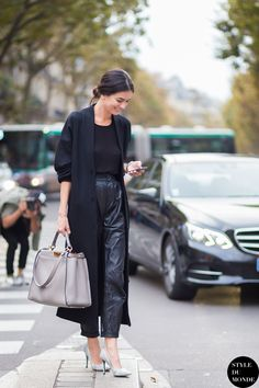 Paris Fashion Week l All black l @friendofaudrey