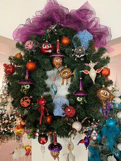 Halloween Ornaments Halloween Ornaments, Blown Glass, Christmas Tree, Wreaths, Holiday Decor, Home Decor, Teal Christmas Tree, Decoration Home, Door Wreaths