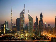 Das Luxus-Hotel Jumeirah Emirates Towers ist eines der Wahrzeichen von Dubai. Mehr Infos: http://www.itravel.de/Vereinigte-Arabische-Emirate/Jumeirah-Emirates-Towers/5893/?utm_source=Pinterest&utm_medium=Socialmedia&utm_campaign=Pinterest