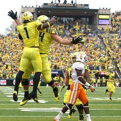 Josh Huff Leads Oregon Offense