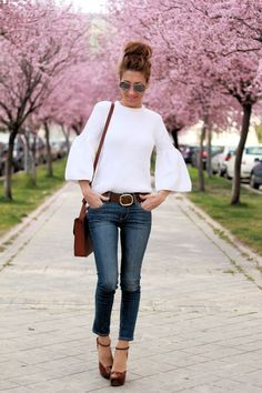 LOLA MANSÍL Fashion Diary: JERSEY BLANCO MANGA CAMPANA