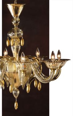 Beautiful hand-blown clear and gold Venetian glass chandelier; Murano gllass chandeliers and lighting ideas; Venetian Glass, Murano Glass, Glass Chandelier, Chandeliers, Light Art Installation, Fan Decoration, Inviting Home, Traditional Lighting, Vintage Bowls