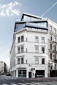 MG9 - Renovation and heightening Margaretenstraße | Josef Weichenberger architects Partner; Photo: Erika Mayer | Archinect