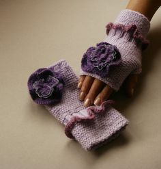 Fingerless hand knitted gloves ,flower, fashion lilac, winter