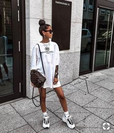trendy spring outfits for your street style ideas 55 Fashion Killa, Look Fashion, Girl Fashion, Fashion Outfits, Womens Fashion, Petite Fashion, Mode Outfits, Casual Outfits, Mode Instagram