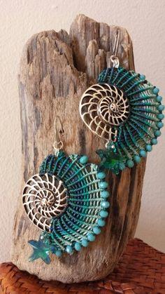 Macrame seashell OOAK earrings