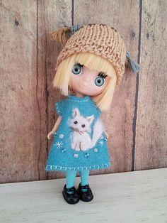 Petite Blythe Doll Outfit  / Dress And Hat Set / Blythe Dolls
