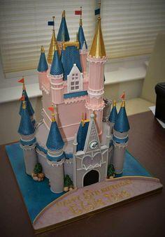 Baby 1st Birthday, Birthday Cake Girls, Birthday Parties, Disney Castle Cake, Disney Cakes, Castle Birthday Cakes, Castle Cakes, Como Hacer Royal Icing, Architecture Cake