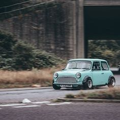 Had the pleasure of taking for a drive yesterday and in return he took some incredible. Mini Cooper Classic, Mini Cooper S, Classic Mini, Classic Cars, My Dream Car, Dream Cars, Old School Cars, Modified Cars, Mk1