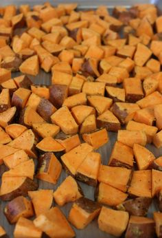Crispy Roasted Sweet Potato Wedges- the perfect easy, healthy side! 400 for Healthy Sides, Healthy Side Dishes, Side Dishes Easy, Vegetable Side Dishes, Main Dishes, Healthy Options, Tasty Dishes, Sweet Potato Oven, Sweet Potato Wedges