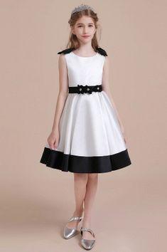 Looking for 2020 Summer Knee Length Flower Girl Dress Girls Dresses Online, Prom Dresses Uk, Size 14 Dresses, Wedding Party Dresses, Dress Online, Holiday Dresses, Boho Flower Girl, White Flower Girl Dresses, Little Girl Dresses
