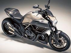 The Motoring World: Exclusive Diavel Titanium reaches UK Ducati ...