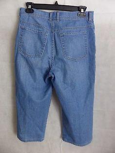 Gloria Vanderbilt Amanda Capri Light Blue Denim Capri Jeans  SIZE 8P