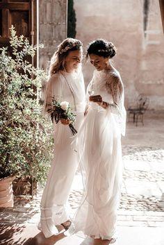 Kim and Xavier's andalusian hacienda wedding in Seville Lesbian Wedding, Wedding Bride, Boho Wedding, Wedding Events, Wedding Gowns, Dream Wedding, Weddings, Hacienda Wedding, Two Brides