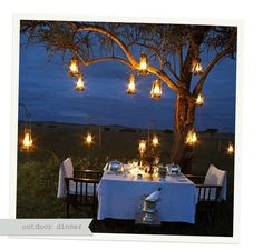 Outdoor date night ideas romantic outdoor dates Romantic Dinner Setting, Romantic Evening, Romantic Dinners, Romantic Ideas, Garden Party Invitations, Romantic Camping, Green Tablecloth, All Of The Lights, Beautiful Interior Design