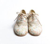 Flower pattern and beige oxford shoes etsy goodbyefolk