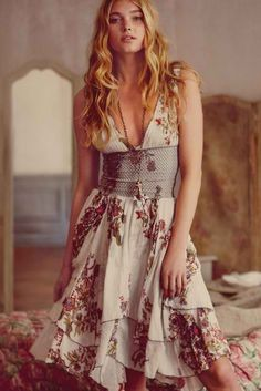 .sort of a boho take on soft natural. love this.