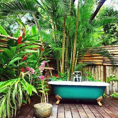 Now this is a setting for a soaking tub. Hoping there is a beautiful pool just out of sight . . .