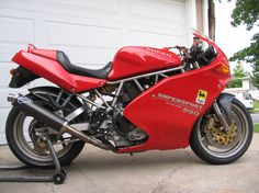 The Ultimate Ducati 900 SS