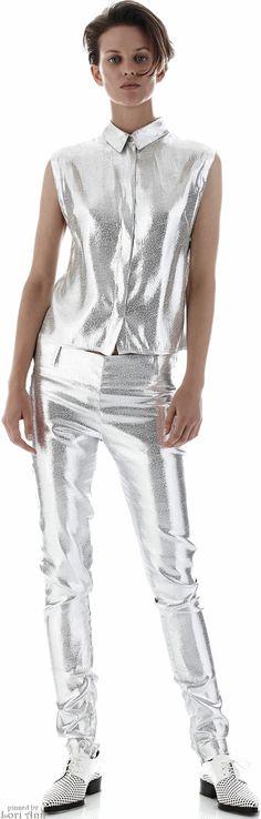 Designer Fashion for Women - Shop Designer Brands Now at Farfetch Spring Fashion Outfits, Fashion Show, Fashion Looks, Fashion 2015, Fashion Ideas, Summer Minimalist, Glitter Fashion, Space Fashion, Classy Casual