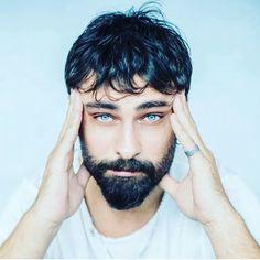 Turkish Men, Turkish Actors, Bella Hadid Outfits, Disney Cosplay, Male Beauty, Billie Eilish, Beautiful Boys, Crushes, Handsome
