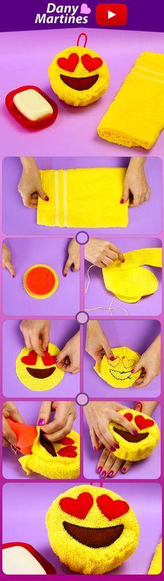 Faça você mesmo uma esponja de banho de emoji, e deixe seu banho ainda mais divertido. Do It Yourself, DIY, buchinha de banho