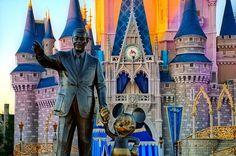 Mickey Mouse y Walt Disney en Disney World Orlando