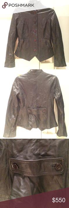 ❤️Giorgio Armani Leather Jacket Size 4. My favorite leather jacket. No flaws. Giorgio Armani Jackets & Coats