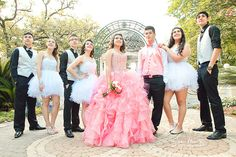 Quinceaneras Damas and Chambelanes. Quinceaneras photography by Juan ...