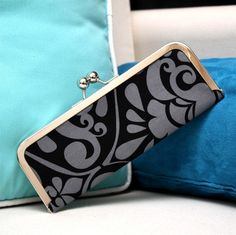 Wallet  Kisslock wallet  Frame wallet in Black and by kailochic, $32.00