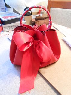 Idea of leather handbag taken from Pinterest, well and the rest made by me. Small red leather pouch