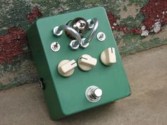 12AU7 Tube Overdrive: This custom boutique #guitar effects pedal has this really sexy tone I love, all warm and bluesy.
