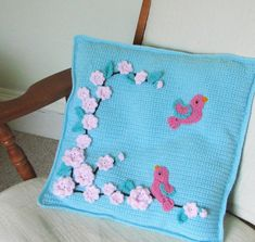 Crochet Pattern for Pillow cover with bird and flower appliques - INSTANT DOWNLOAD .pdf 3.50